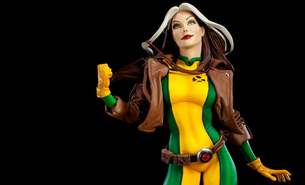 Gallery Feature Image of Rogue Premium Format™ Figure - Click to open image gallery