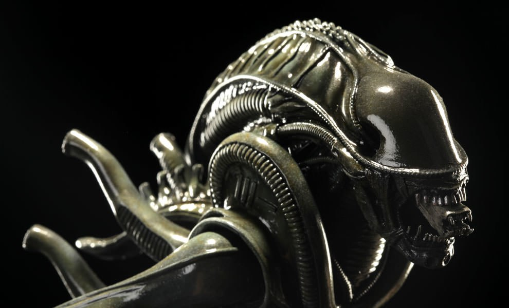Gallery Feature Image of Alien Warrior Statue - Click to open image gallery