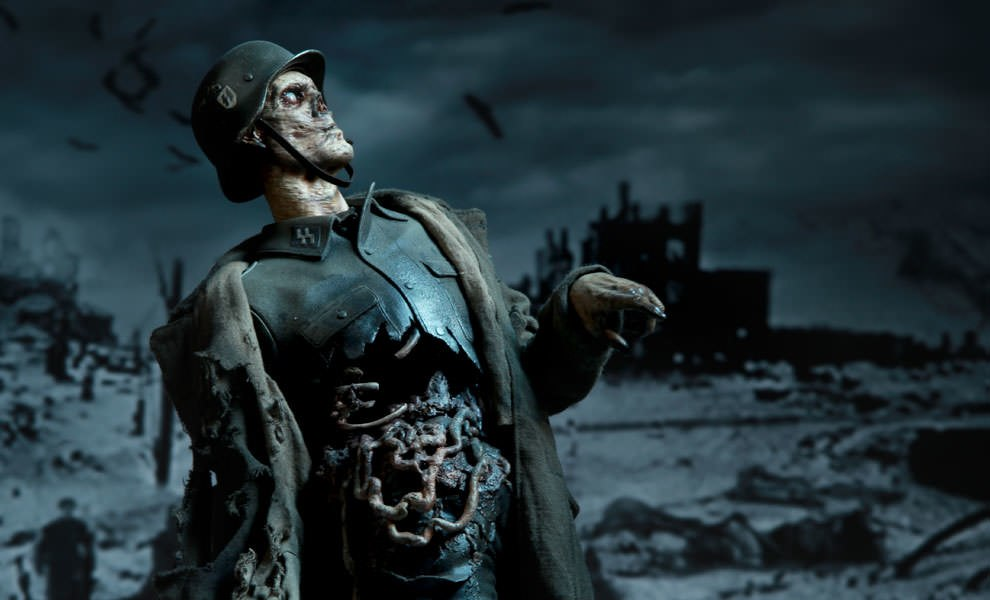 Gallery Feature Image of Frozen Dead Premium Format™ Figure - Click to open image gallery