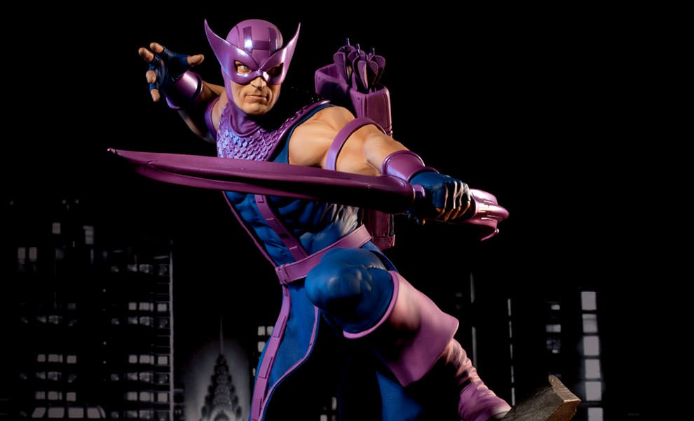 Gallery Feature Image of Hawkeye Premium Format™ Figure - Click to open image gallery