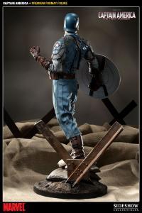 Gallery Image of Captain America Premium Format™ Figure