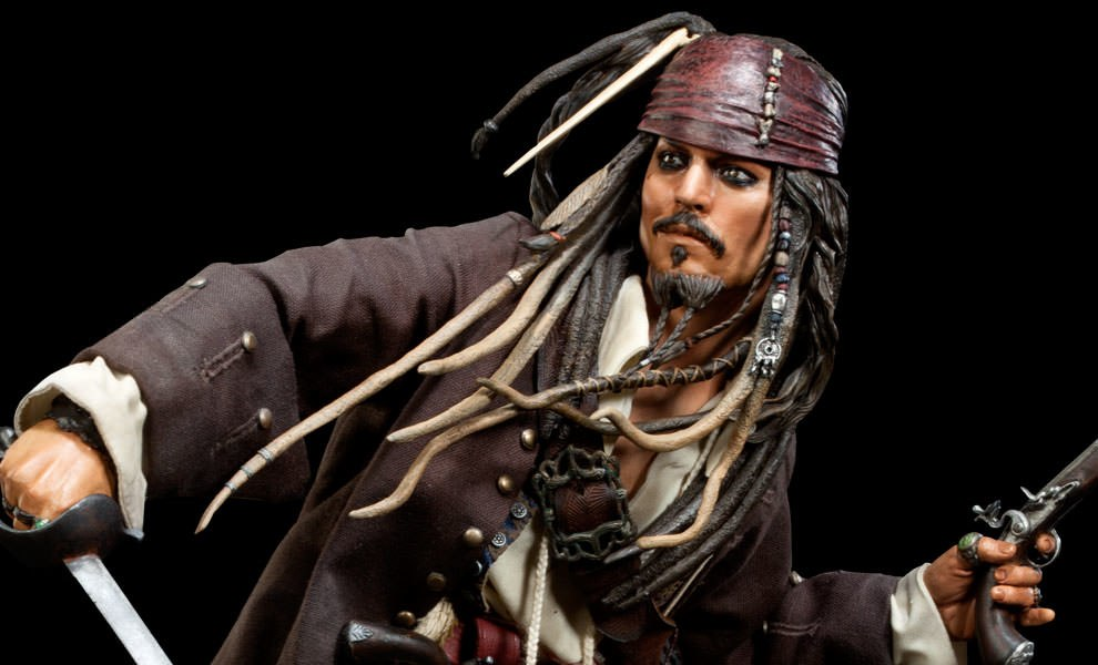 Gallery Feature Image of Captain Jack Sparrow Premium Format™ Figure - Click to open image gallery