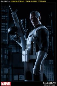 Gallery Image of Punisher Premium Format™ Figure