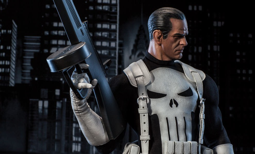 Gallery Feature Image of Punisher Premium Format™ Figure - Click to open image gallery