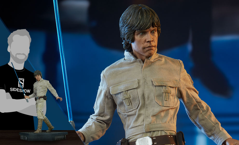Gallery Feature Image of Luke Skywalker Premium Format™ Figure - Click to open image gallery