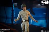 Gallery Image of Luke Skywalker Premium Format™ Figure