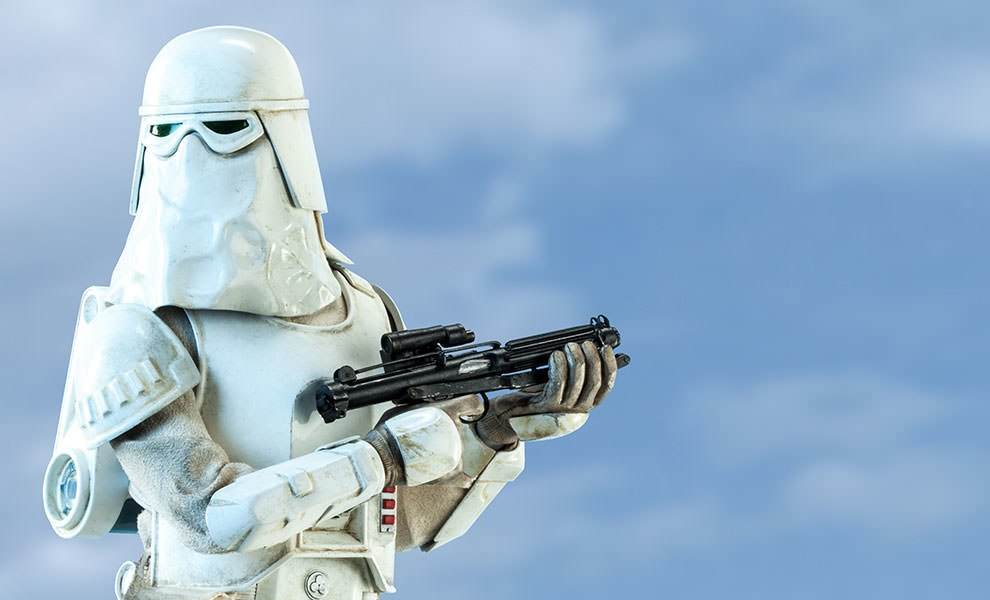 Gallery Feature Image of Snowtrooper Premium Format™ Figure - Click to open image gallery