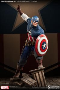Gallery Image of Captain America Premium Format™ Figure