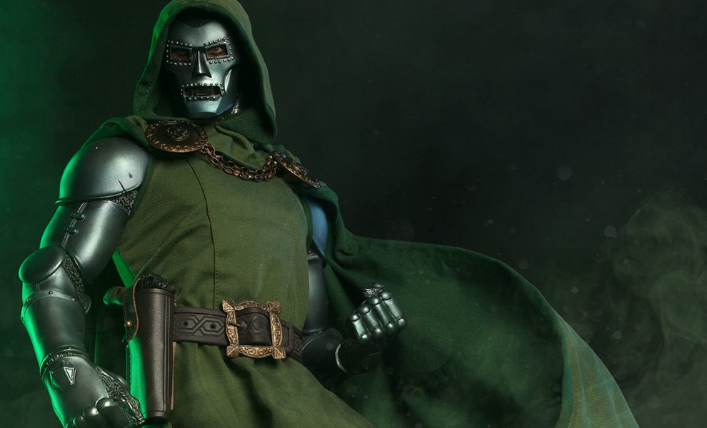 Gallery Feature Image of Dr. Doom  Premium Format™ Figure - Click to open image gallery