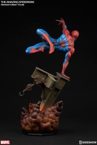 Gallery Image of The Amazing Spider-Man Premium Format™ Figure