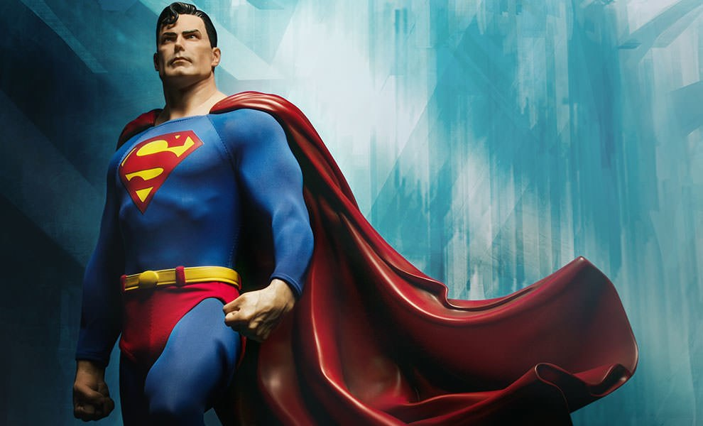 Gallery Feature Image of Superman Premium Format™ Figure - Click to open image gallery