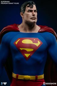 Gallery Image of Superman Premium Format™ Figure