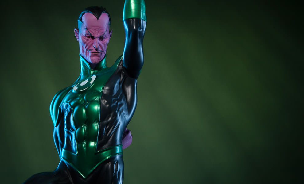 Gallery Feature Image of Sinestro - Green Lantern Corps Premium Format™ Figure - Click to open image gallery