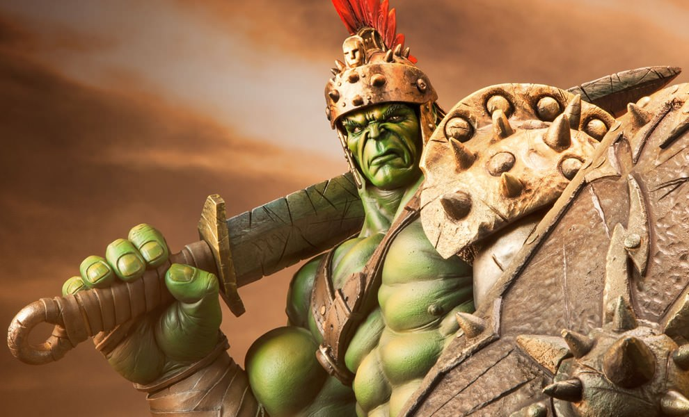 Gallery Feature Image of Gladiator Hulk Premium Format™ Figure - Click to open image gallery