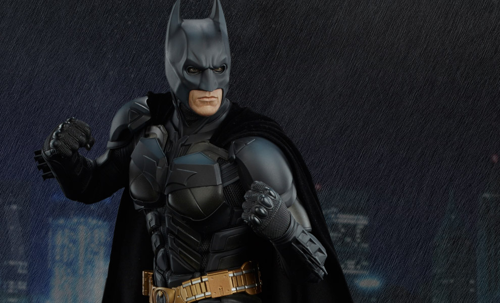 Gallery Feature Image of Batman The Dark Knight Premium Format™ Figure - Click to open image gallery