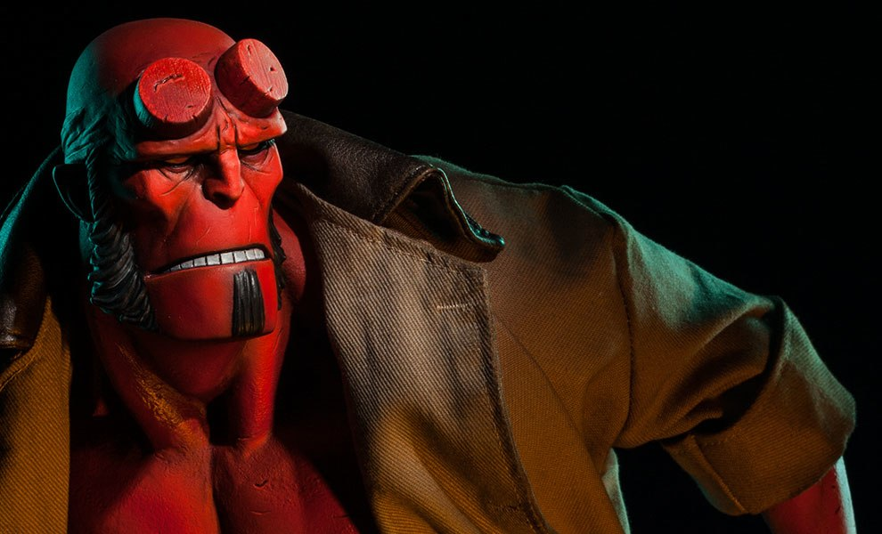 Gallery Feature Image of Hellboy Premium Format™ Figure - Click to open image gallery