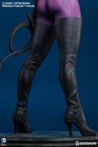 Gallery Image of Classic Catwoman Premium Format™ Figure