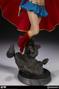 Gallery Image of Supergirl Premium Format™ Figure