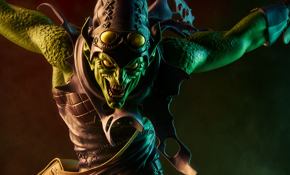 Gallery Feature Image of Green Goblin Premium Format™ Figure - Click to open image gallery