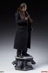 Gallery Image of Van Helsing Premium Format™ Figure