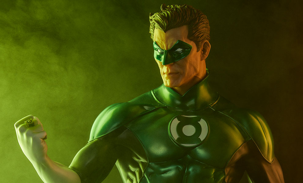 Gallery Feature Image of Green Lantern - Hal Jordan Premium Format™ Figure - Click to open image gallery
