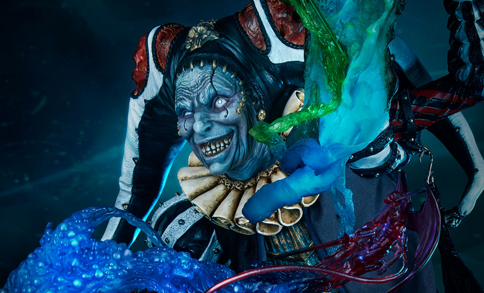 Gallery Feature Image of Malavestros Deaths Chronicler Fool Premium Format™ Figure - Click to open image gallery