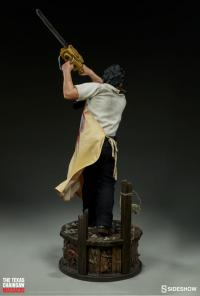 Gallery Image of Leatherface Premium Format™ Figure