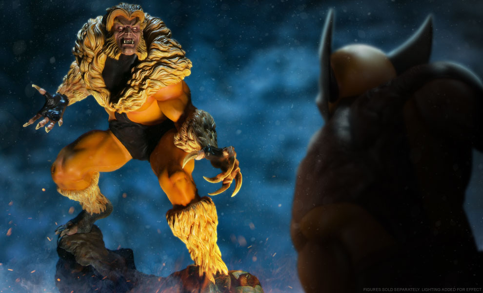 Gallery Feature Image of Sabretooth Classic Premium Format™ Figure - Click to open image gallery