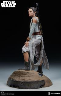 Gallery Image of Rey Premium Format™ Figure