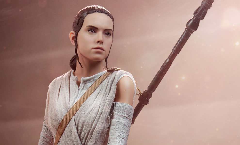 Gallery Feature Image of Rey Premium Format™ Figure - Click to open image gallery