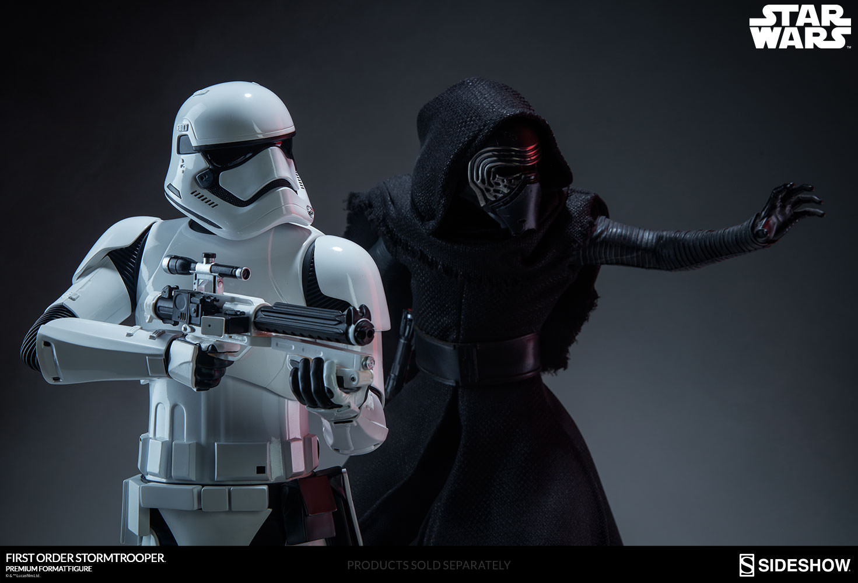 Star Wars First Order Stormtrooper Premium Format(TM) Figure  65bdd4bed2