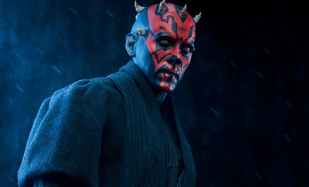 Gallery Feature Image of Darth Maul Premium Format™ Figure - Click to open image gallery