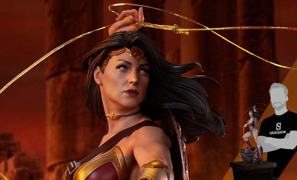FREE U.S. Shipping Wonder Woman Premium Format™ Figure