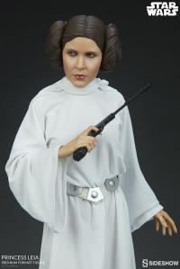 Gallery Image of Princess Leia Premium Format™ Figure