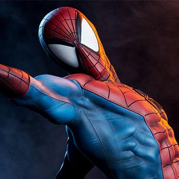 Spider-Man Marvel Premium Format™ Figure