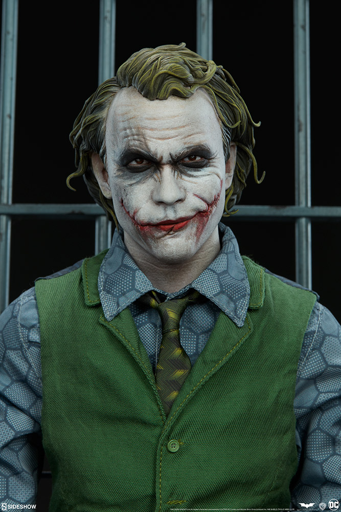 The Joker Premium Format Figure By Sideshow Collectibles