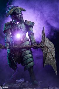 Gallery Image of Oathbreaker Strÿfe: Fallen Mortis Knight Premium Format™ Figure