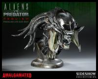 Gallery Image of PredAlien Life-Size Bust
