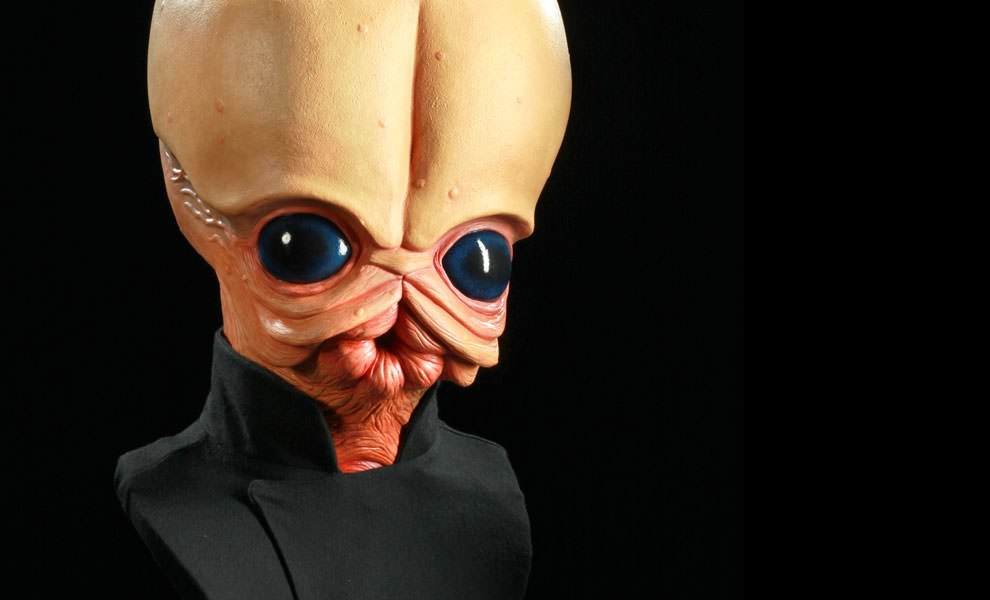Gallery Feature Image of Figrin Dan Life-Size Bust - Click to open image gallery