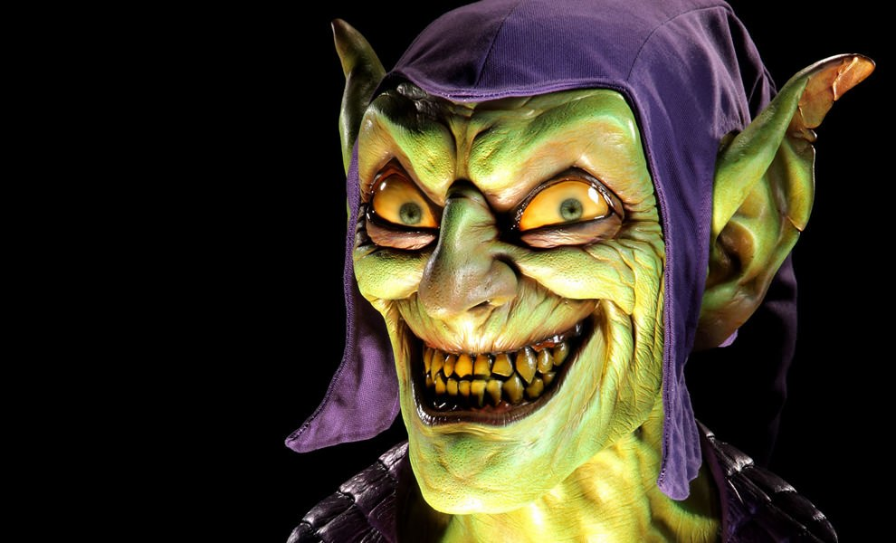 Gallery Feature Image of Green Goblin Life-Size Bust - Click to open image gallery
