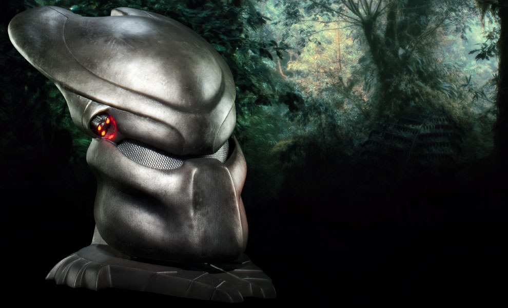 Gallery Feature Image of Predator Mask Prop Replica - Click to open image gallery