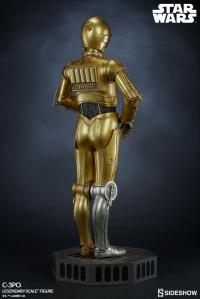 Gallery Image of C-3PO Legendary Scale™ Figure