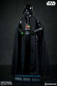 Gallery Image of Darth Vader Life-Size Figure