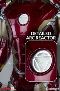 Gallery Image of Iron Man Mark 43 Legendary Scale™ Figure