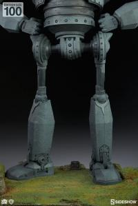 Gallery Image of The Iron Giant - Cel Shaded Variant Maquette
