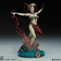 Gallery Image of Gethsemoni - Queens Conjuring Figure