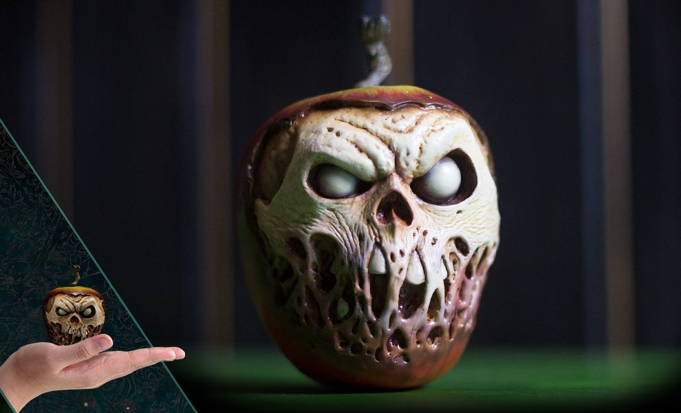 Gallery Feature Image of Court of the Dead Skull Apple Prop Replica - Click to open image gallery