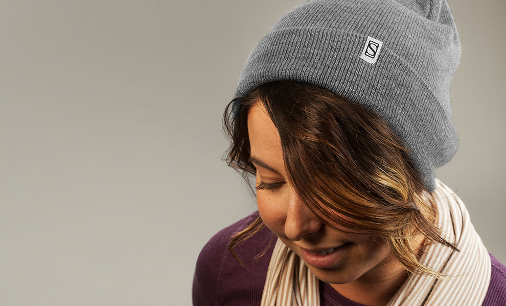 Gallery Feature Image of Sideshow Basic Knit Gray Beanie Apparel - Click to open image gallery