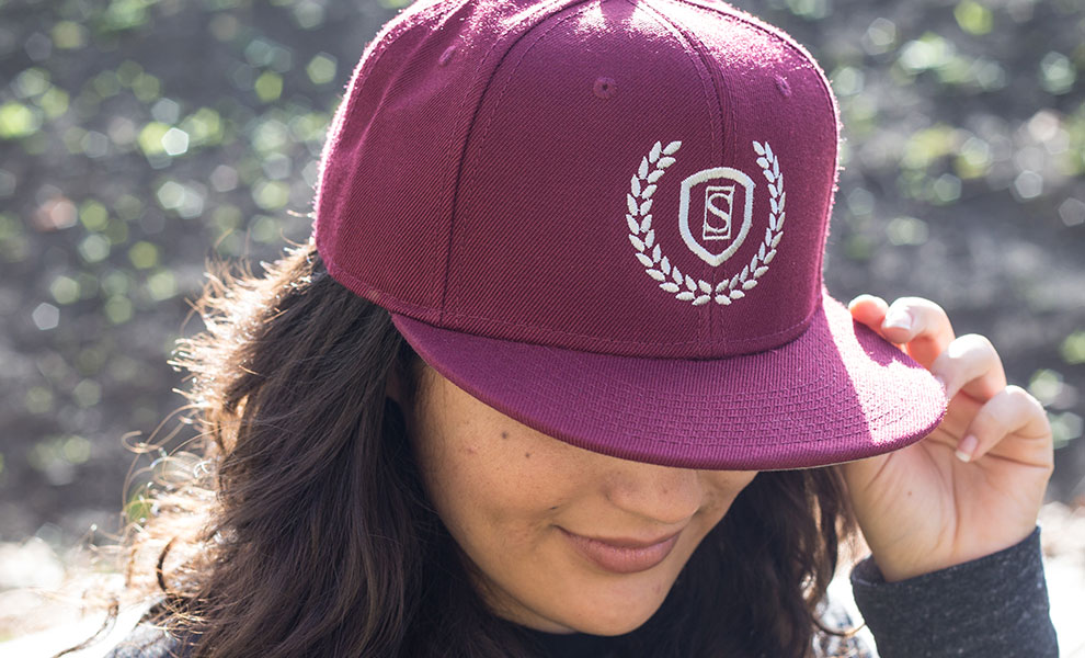 Gallery Feature Image of Sideshow Burgundy Snapback Cap Apparel - Click to open image gallery