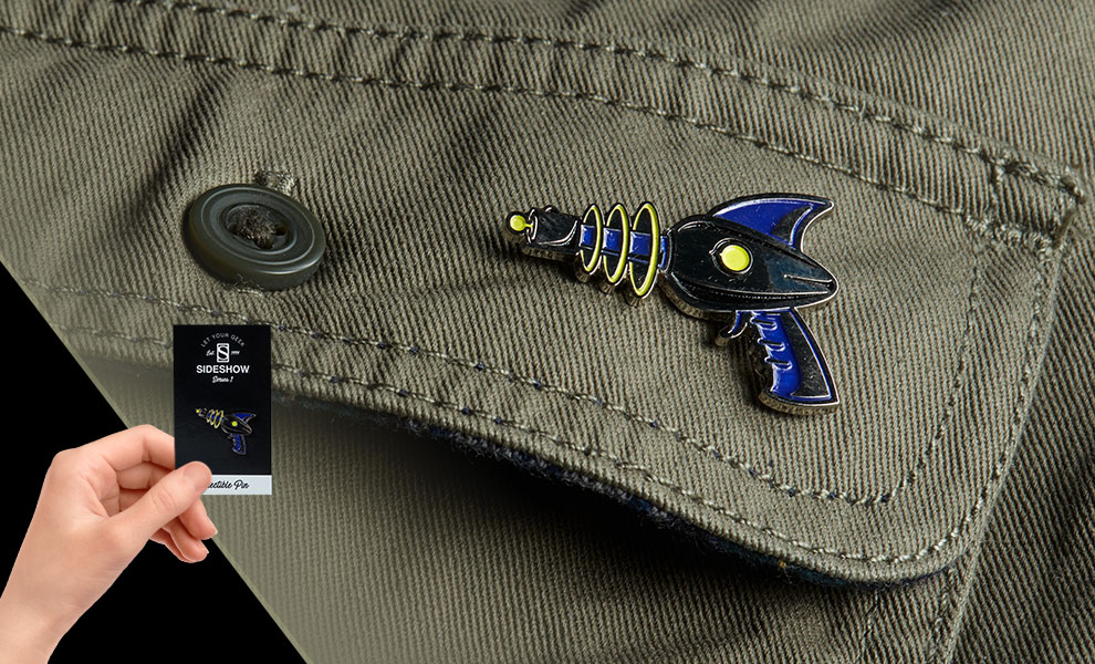 Gallery Feature Image of Sideshow Raygun Collectible Pin - Click to open image gallery